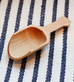 maple scoop.