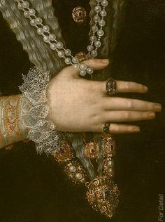 For Detail: Lady's portrait, Pulzone Scipione, c.1585, detail