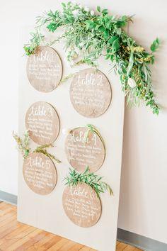 Organic styled escort board with greenery and ivory flowers Seating Plan Wedding, Wedding Signage, Wedding Table Planner, Wedding Tables, Wedding Ceremony, Diy Wedding, Wedding Flowers, Wedding Favors, Wedding Ideas