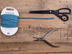 DIY-Anleitung: Geflochtenes Armband aus Jerseygarn herstellen via DaWanda.com