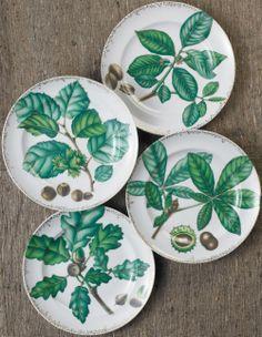 Dessert Plate Set/4  Nut Leaf Pattern