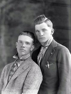 Vintage male couple before Stonewall, way before Stonewall, Gay Pride and Marriage Equality. Gay folks have been out there the whole time. Vintage Couples, Vintage Love, Vintage Men, Vintage Romance, Eleanor, Estilo Cool, Before Us, Gay Couple, Couples In Love