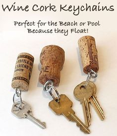 Do you have a pile of wine corks that you don't know how to handle? Here we have a good wine cork crafts list, from which you can choose many projects to try. Wine corks can be turned into many creative and beautiful crafts for home decoration, chil Wine Craft, Wine Cork Crafts, Wine Bottle Crafts, Champagne Cork Crafts, Astuces Camping-car, Wine Cork Projects, Wine Bottle Corks, Bottle Candles, Bottle Stoppers