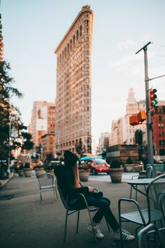 Flatiron Building with Emily Mandagie - Photo Spots In NYC Map Of New York, New York City Travel, New Travel, Paris Travel, New York Pictures, New York Photos, New York Photography, Travel Photography, Photography Tips
