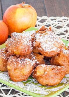 cake dessert recipes, simple desserts recipes, paleo dessert recipes - Apple Fritters – these golden deep fried apple fritters are simple and delicious, perfect for when you have a sweet tooth. Fruit Recipes, Sweet Recipes, Dessert Recipes, Cooking Recipes, Paleo Dessert, Apple Desserts, Delicious Desserts, Yummy Food, Apple Fritter Recipes