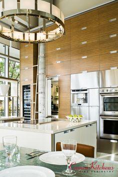 #customkitchen #customcabinets #modernkitchen #luxurykitchen Table Farmhouse, Custom Cabinets, Organizer, Dream Vacations, Kitchen Interior, Kitchen Island, Dining Room, Design, Furniture