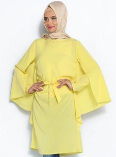 Pelerin Görünümlü Tunik - Sarı - Topless Pelerin Görünümlü Tunik Modelleri  http://www.tesetturone.com/urun-kategori/tunik/ #tesettur #hijab #giyim #moda #kadın #tesettürgiyim