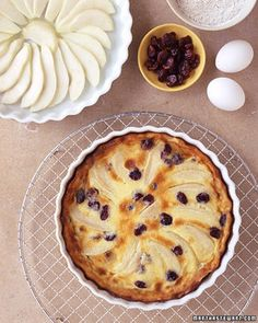 Prepare quick fruit desserts from Martha Stewart. Favorite recipes include broiled pineapple with ice cream, baked apples, grilled peaches, and more.