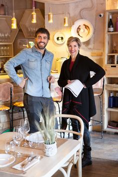 Visitamos junto a sus propietarios uno de los espacios más de moda en Madrid por su increíble decoración y su oferta gastronómica ecológica: Mama Campo.