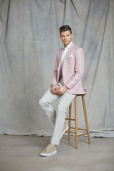 Men's Pink Herringbone Linen Tailored Fit Italian Suit - 1913 Collection on sale in Hawes & Curtis Pink Blazer Men, Hawes And Curtis, Formal Suits, Fitted Suit, Tie And Pocket Square, Trouser Suits, Blazers For Men, Silk Ties, Outfit Sets