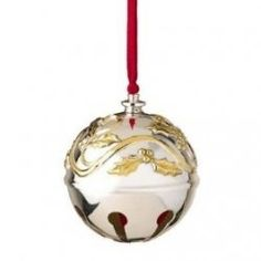 Best known for China and figurines, Lenox Christmas collectibles come in a variety of styles and subjects. Fine China, silver and crystal represent...