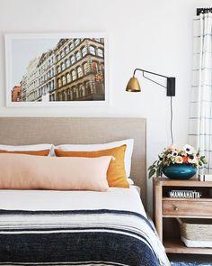 Coral Furniture: The Perfect Summer Bedroom Decor Summer Bedroom, Home Bedroom, Master Bedroom, Bedroom Decor, Bedrooms, Master Bath, Bedroom Ideas, Home Interior, Interior Design