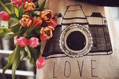 Jutebeutel Camera Love (weiss)  von Johnny Vince  auf DaWanda.com