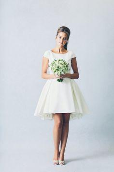 Elizabeth Stuart Wedding Dress Collection | Bridal Musings Wedding Blog