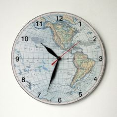 The clock with the ancient world map d 25 cm the clocks the clock with the world map d 25 cm gumiabroncs Gallery