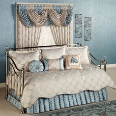 The lovely Blooming Treillage Floral Daybed Bedding Set includes a daybed cover, bedskirt with drop, and three standard shams. Daybed Comforter Sets, Daybed Sets, Daybed Covers, King Bedding Sets, King Comforter, Romantic Bedroom Decor, Bedroom Vintage, Bed Cover Design, Bedding Master Bedroom