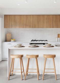 Timber Kitchen, Kitchen Benches, Kitchen Corner Bench, Updated Kitchen, New Kitchen, Kitchen Dining, Kitchen Decor, Kitchen Room Design, Modern Kitchen Design