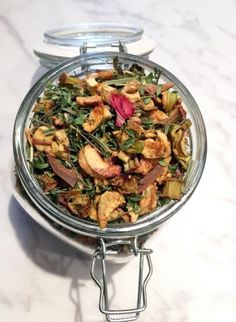 Apple and Rhubarb Tea recipe 3 parts dried apple 1 part dried rhubarb 1 part dried lemon thyme 1/2 part dried lime or lemon balm 1/4 part dried lemon grass 1 stick cinnamon Use 1-2 tsp per cup of water. Steep 5 min or longer.