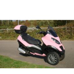 Pink piaggio mp3. Very girlie