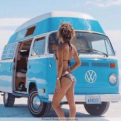 car girls The Power of the VW Bus Bus Vw, Volkswagen Transporter, Vw T1, Volkswagen Beetles, Volkswagen Golf, Kombi Trailer, Vw Caravan, Kombi Motorhome, Combi Vw T2