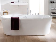 Baignoires / SOLEIL OVAL / SYSTEMPOOL S.A. Porcelanosa Grupo