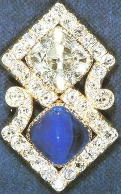 Queen Mary's Russian Brooch. https://www.facebook.com/photo.php?fbid=1517044035239332&set=oa.283553501812446&type=3&theater https://www.facebook.com/groups/260713314096465/