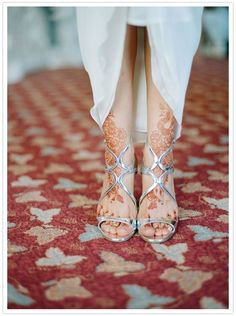 We have some amazing Indian bridal shoes and styles for you to see! Silver Bridal Shoes, Silver Heels, White Henna, Saree Wedding, Wedding Henna, Shoe Clips, Wedding Wishes, Looks Style, Indian Bridal