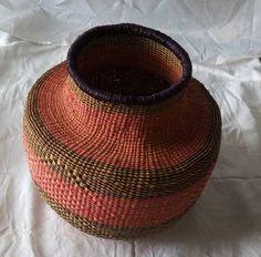 Onion shaped basket/Ghana woven basket/ pot shaped basket/ home and living basket /height 33 cm width 21cm Winter Bedroom Decor, Basket Weaving, Hand Weaving, Baskets On Wall, Woven Baskets, African Hats, African Beads Necklace, Basket Decoration, Nature Decor