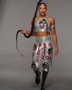 Black Wrestlers, Female Wrestlers, Wwe Wrestlers, Wrestling Divas, Women's Wrestling, Womens Royal Rumble, Rowdy Ronda, Wwe Girls, Becky Lynch