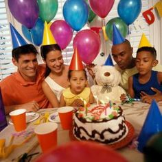 Plan a teddy bear theme for your child's next birthday party.