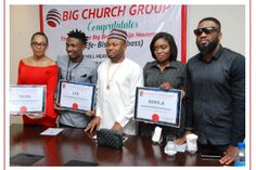 The top three Big Brother Housemates; Efe, Bisola and TBOSS have just been gifted plots of land courtesy of Olakunle Churchill. The plots of land which were awarded to the housemates are part of th… Big Brother Housemates, Gifts For Hubby, Sports Update, Very Excited, Reality Tv Shows, Ex Husbands, Churchill, Celebrity News, Boss