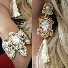 Boho Jewelry, Bridal Jewelry, Jewelery, Jewelry Design, Soutache Necklace, Tassel Earrings, Hair Reference, Earring Tutorial, Beaded Embroidery