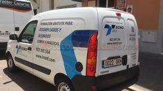 Rotulación de vehículo en vinilo de corte Recreational Vehicles, Van, Paper, New Job, Camper Van, Vans, Rv Camping, Camper