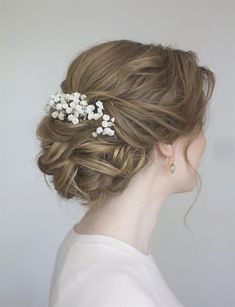 Beautiful lose bun Beautiful lose bun Related Post Beautiful hairstyle for a wedding 43 Cutest Trendy 💇 High Bun Up Do Hairstyle for Yo. Easy Messy Bun Hairstyles and More GORGEOUS weddin. 51 Amazing Wedding Hairstyles for Medium Hair Idea. Wedding Hairstyles For Medium Hair, Bride Hairstyles, Down Hairstyles, Hairstyle Ideas, Hair Ideas, Updo Hairstyle, Bridal Hairdo, Wedding Updo, Bridal Bun