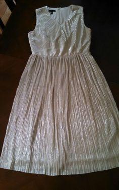 EEUC Anthropologie Ivy + Blu BEAUTIFUL dress pleated Eclat Midi size 10 Gold #IvyBlu #EmpireWaist