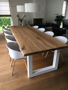 50 Beautiful Scandinavian Dining Room Design Ideas - Now it is easy to dine in style with traditional Swedish dining chairs. Entertain friends as well as show off your wonderful Swedish home furniture. Dining Table Design, Dining Area, Wood Dining Room Tables, Wood Table Design, Dining Chairs, Oak Table, Patio Dining, Patio Table, Room Chairs