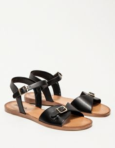 Stark Sandals