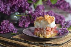 ciasto zrabarbarem ibezową pianką Cheesecake, Food, Cheesecakes, Essen, Meals, Yemek, Cherry Cheesecake Shooters, Eten