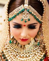 Airbrush vs HD Makeup Compare With Images? Which One Is Better? Bridal Makeup Images, Best Bridal Makeup, Bridal Makeup Looks, Indian Bridal Makeup, Bride Makeup, Hd Makeup, Makeup Videos, Makeup Tips, Indian Makeup Artist