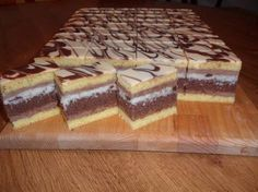 - My site International Recipes, Butcher Block Cutting Board, Nutella, Tiramisu, Sweet Recipes, Nom Nom, Deserts, Food And Drink, Sweets