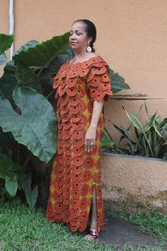 Latest African Fashion Dresses, African Print Dresses, African Dresses For Women, African Attire, African Wear, African Women, African Blouses, Shweshwe Dresses, Ghanaian Fashion