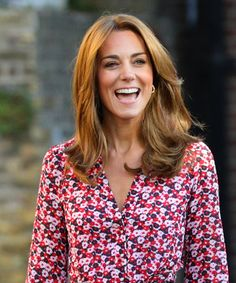 Kate Middleton Lightened Up Her Hair to a Warm Blonde Color Red Hair With Blonde Highlights, Golden Blonde Hair, Blonde Color, Brown Blonde, Hair Lights, Kate Middleton News, Kate Middleton Haircut, Hair Extensions Before And After, Hair Colors