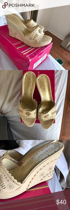 Bcbg nude wedge with stitched design Bcbg slip on wedges in ivory with stitched gold designs BCBG Shoes Wedges