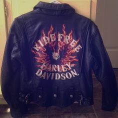 Spotted while shopping on Poshmark: Leather Harley Davidson riding jacket! #poshmark #fashion #shopping #style #Harley Davidson #Jackets