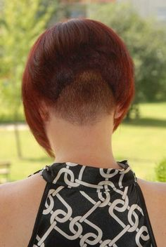 17 Best images about Just napes Graduated Bob Haircuts, Stacked Bob Hairstyles, Funky Hairstyles, Shaved Bob, Shaved Nape, Girls Short Haircuts, Short Hairstyles For Women, Short Hair Cuts, Short Hair Styles