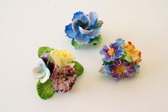 Vintage (mainly from the 30s and 40s) British porcelain flower brooches