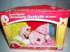 Vintage 80s Strawberry Shortcake SWEET SLEEPER by EvolutionBlythe