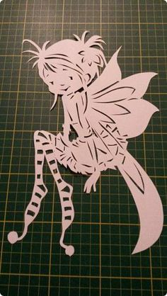 Cricut Stencils, Diy And Crafts, Paper Crafts, Christmas Arts And Crafts, Paper Lace, Kirigami, Art N Craft, Stencil Patterns, Craft Videos