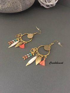 Boucles d'oreilles créoles, or, doré, hypoallergéniques acier inoxydable, multicolore, mini pompon chic bohème, bijoux création unique de la boutique creabibenval sur Etsy