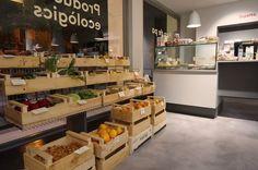 Fruta ecológica, en Chefs, una tienda de comida ecológica para llevar. Barcelona